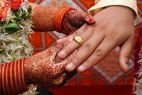 i am a free spirit and lover of india ring ceremony the engagement ceremony. Black Bedroom Furniture Sets. Home Design Ideas