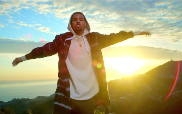 Video: Chris Brown - Little More