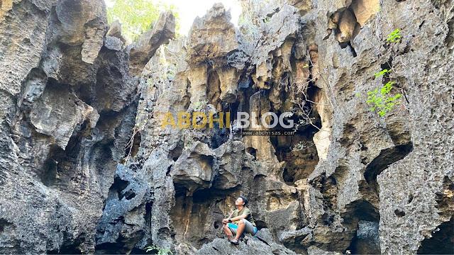 Kamar Batu Alami, Sisi Lain Hutan Batu Wisata Rammang-Rammang Maros