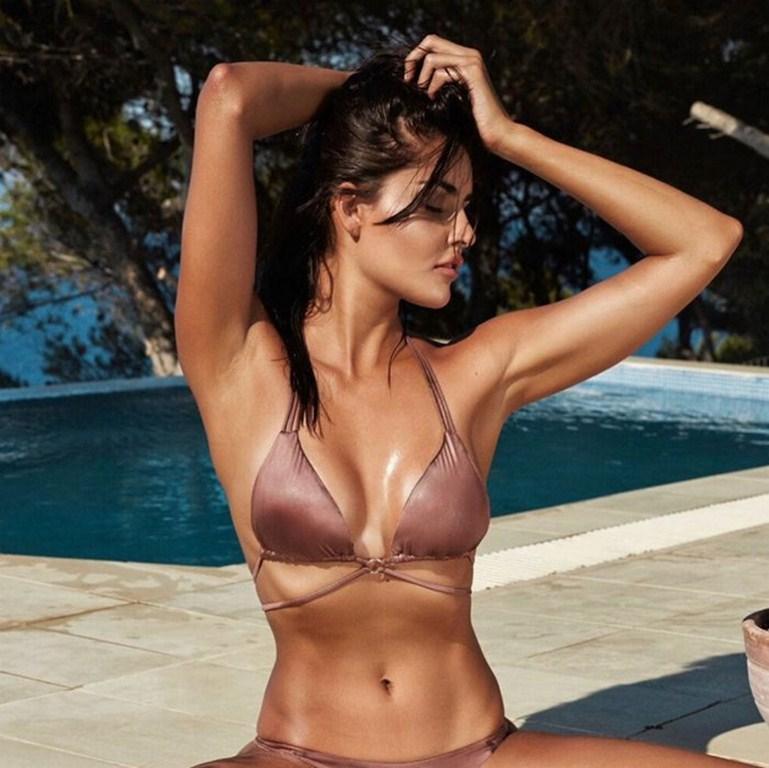 bollywood actress in bikini photo shoot