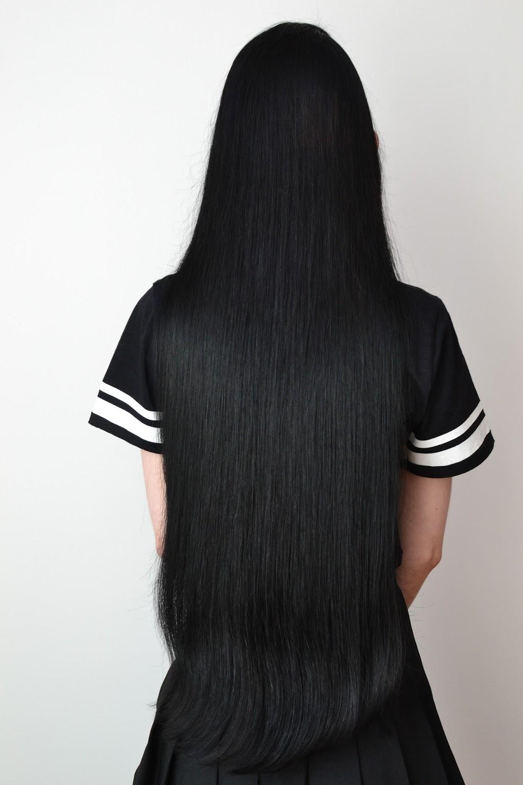 proste czarne włosy
