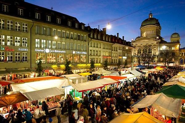 سوق البصل في بيرن (Zibelemäritباللغة الألمانية)  Image006-700779