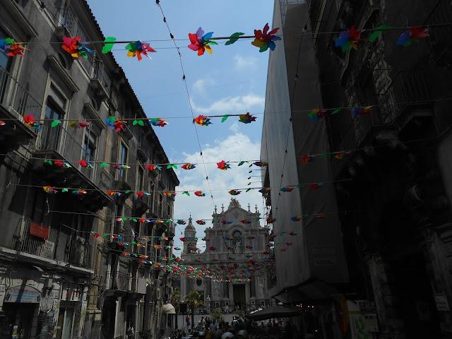 duomo e girandole a Catania