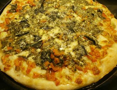 Fresh Tomato and Pesto Pizza