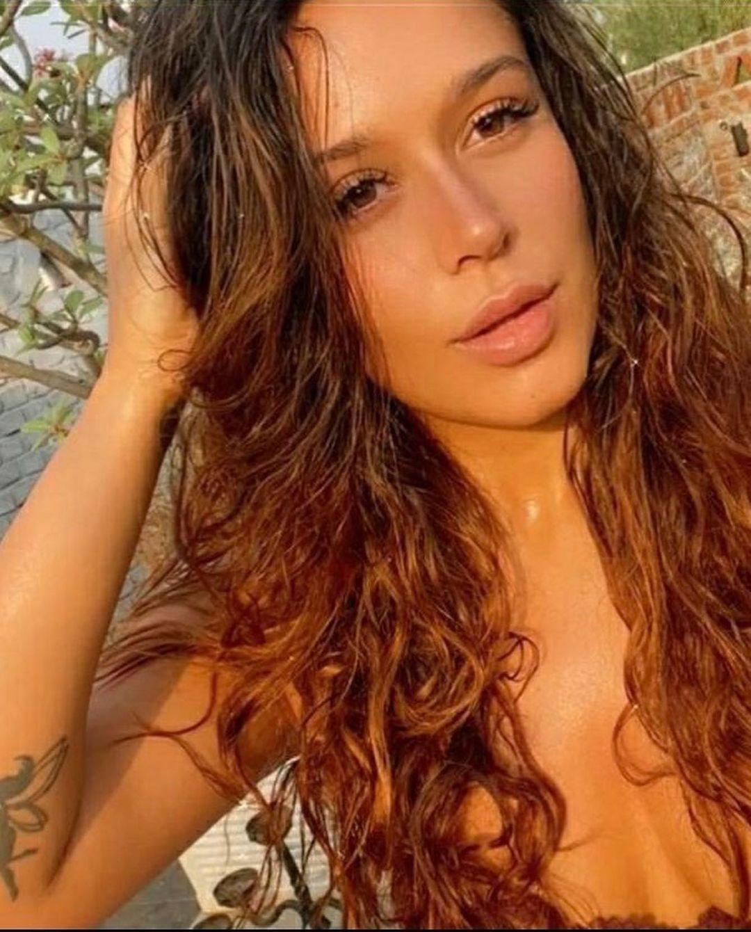 30+ Actress krishna shroff Latest Hot Bikini Photos