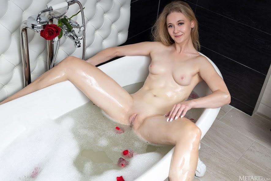 2814974769 [Met-Art] Clara - Petal Bath