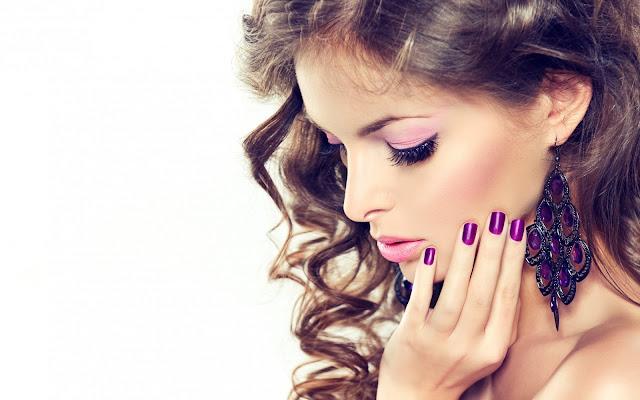 Glossy Violet Nail Polish