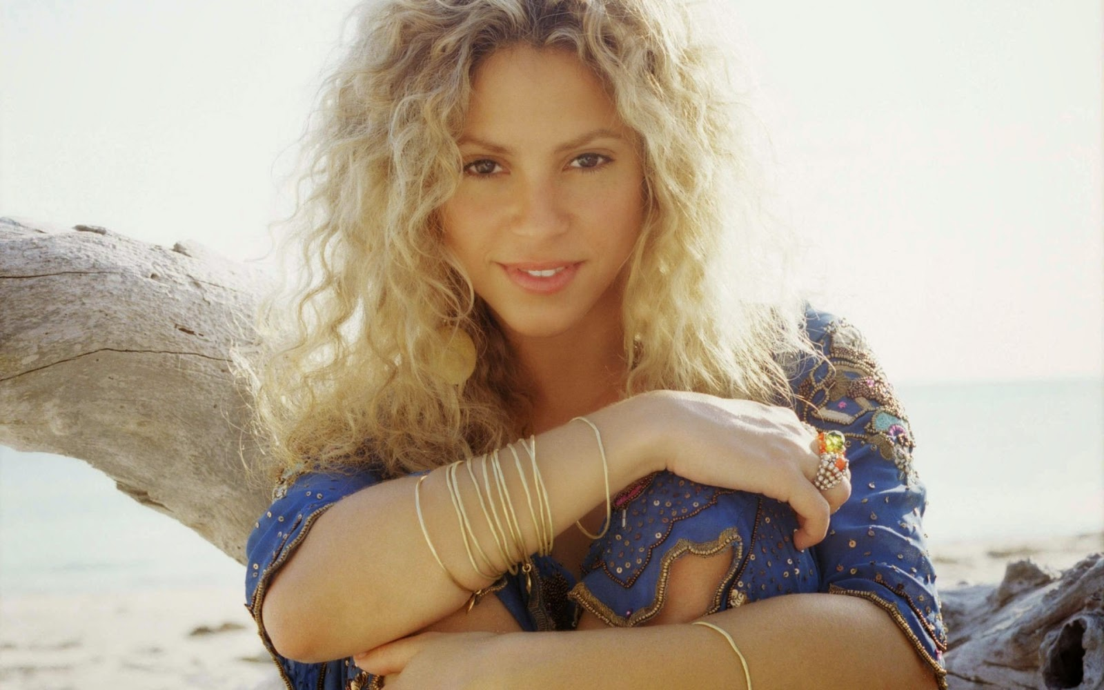 global pictures gallery: shakira isabel mebarak ripoll full hd wallpaers
