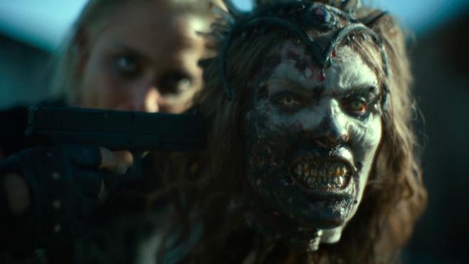 reina zombie con Nora Arnezeder