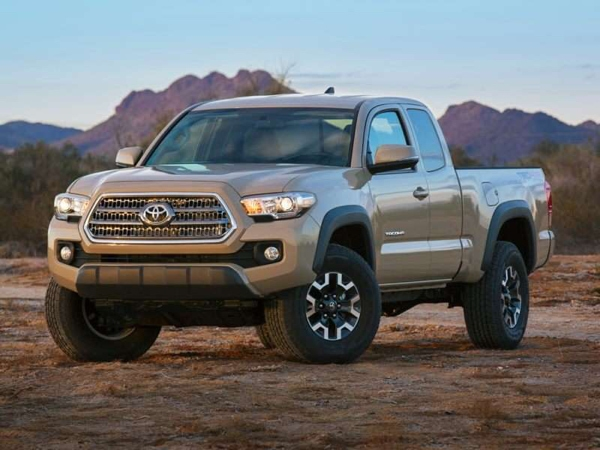 Toyota Tacoma SR 4×4 6AT