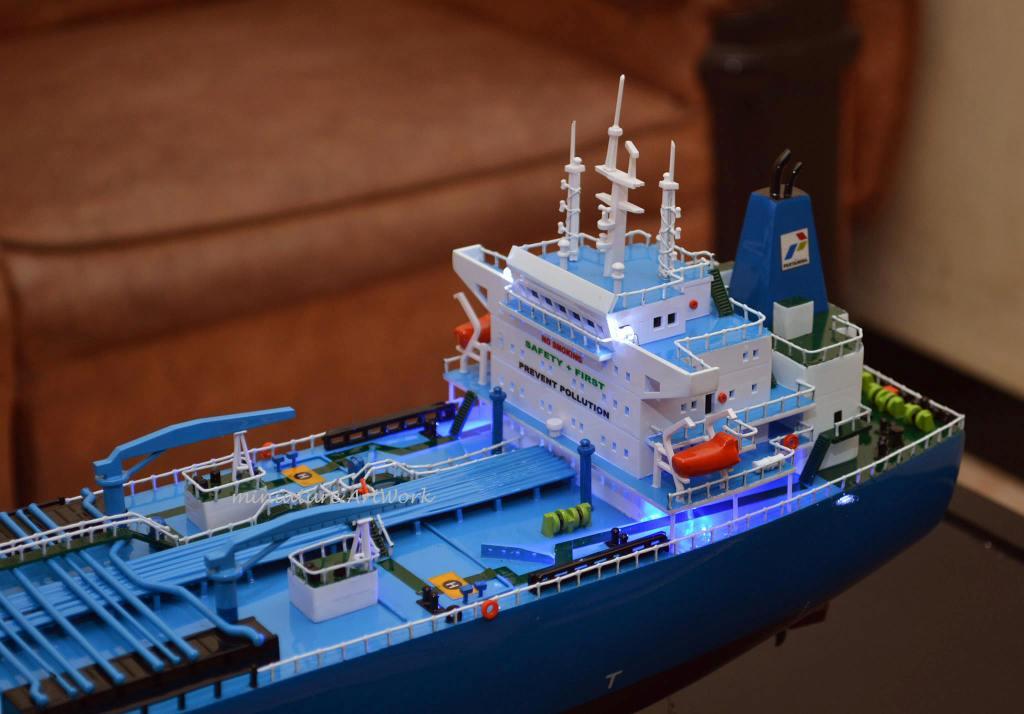 harga jual miniatur kapal crude oil tanker galunggung milik pertamina murah surabaya