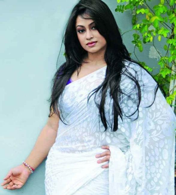 Sadika Parvin Popy Biography & Images 16