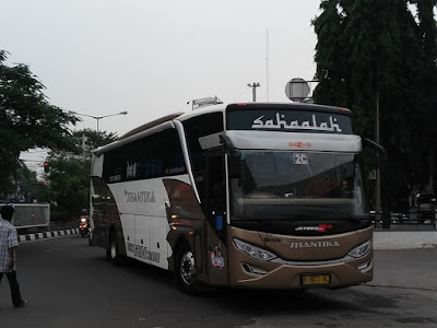 Foto Bus New Shantika 2C