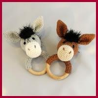 Mordedor caballo a crochet