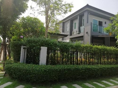 บ้านแฝดหลังมุม โครงการ เดอะ ซิตี้ นวมินทร์ ซอยนวมินทร์ 53
