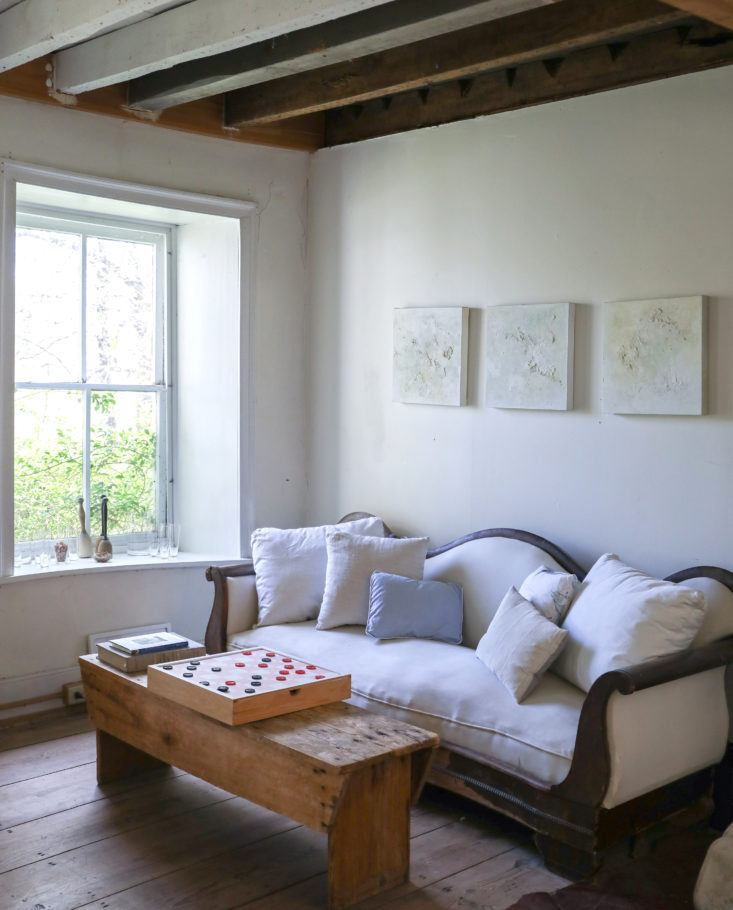 Minimal and soulful farmhouse style interior with slow living vibe - found on Hello Lovely Studio