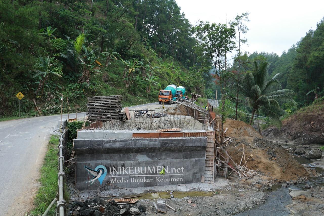 Ada Pembangunan Jembatan, Jalur Gombong-Banjarnegara via Ketileng Ditutup Sementara