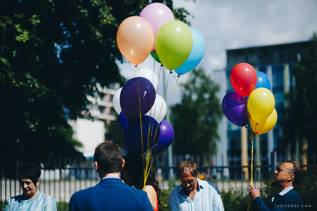 kāzu viesi baloni
