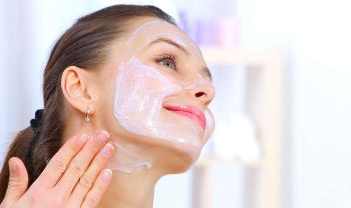 Tips Memilih Cream Pemutih Wajah yang Aman
