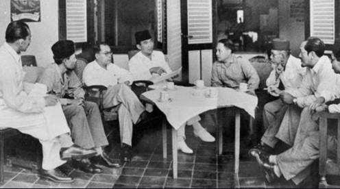 Sejarah Sistem Pmerintahan Indonesia