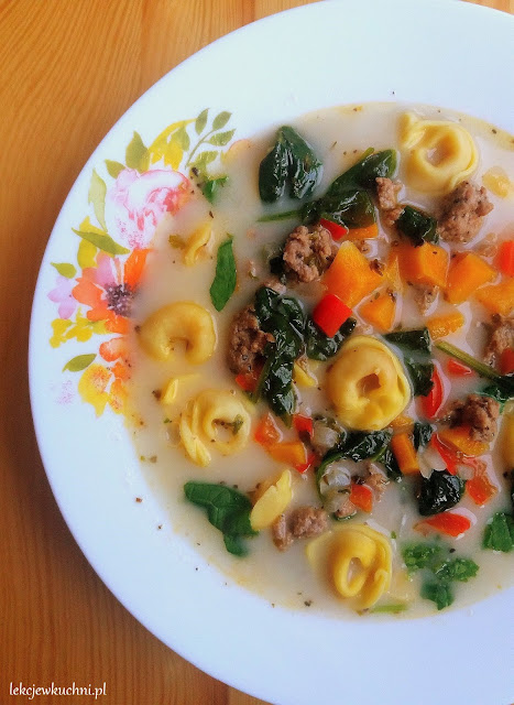 Zupa z mięsem mielonym i tortellini / Ground Meat and Tortellini Soup