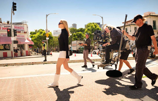 صور حصرية جديدة لفيلم Once Upon a Time in Hollywood للمخرج كوينتن تارنتينو مارغوت روبي تصوير