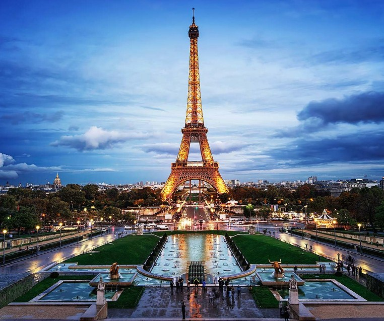 Contoh Descriptive Text Tentang Tempat Wisata Dalam Bahasa