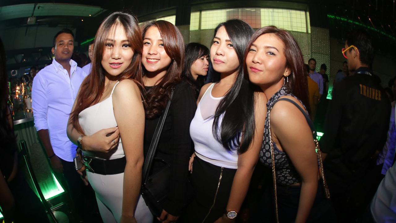 Gaya Hidp wanita malam suka clubbing