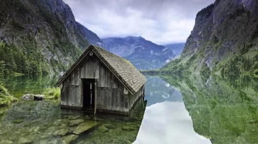 16 Tempat Berhantu Paling Cantik Di Dunia