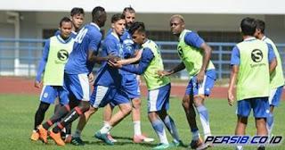 Persib Latihan Cetak Gol dan Penguasaan Bola, Gomez Sanjung Pemain Seleksi
