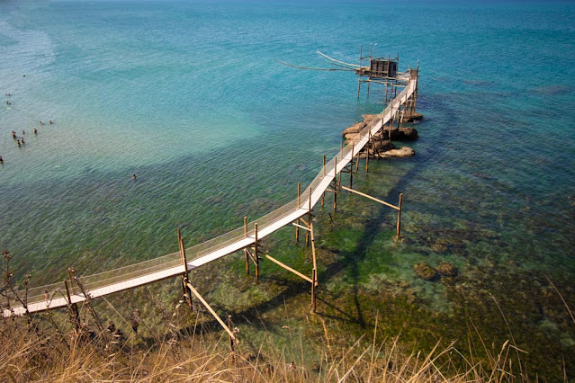 Trabocco nella Riserva naturale di Punta Aderci
