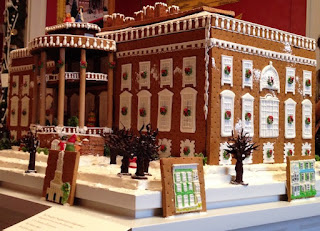 White House replica made of gingerbread