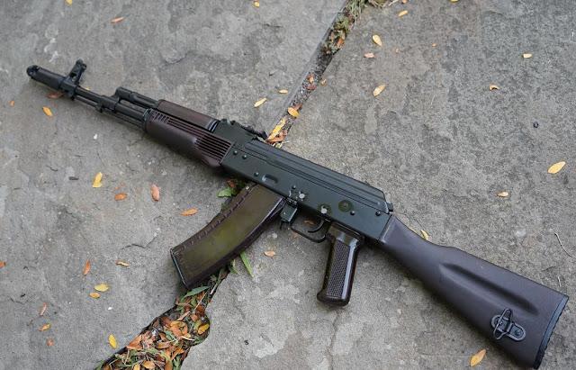 Left-Side-Russian-AK74-izzy