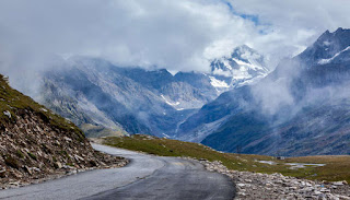 Rohtang-Pass-Road