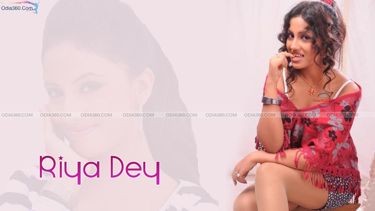 Riya Dey Hot Odia Actress Hd Wallpaper Download - Odia360 -8084