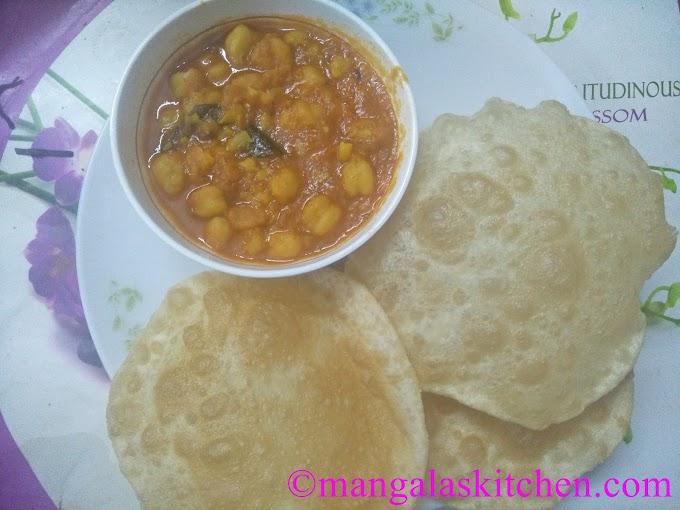 Chana Bhatura / Chole Bhatura | Punjabi Bhatura Recipe