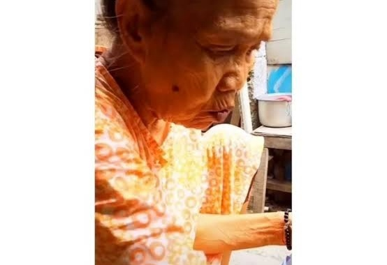 Viral Video Nenek Bikin Kaget Saat Ditanya Cucunya, Ngulek Sambil Ngegas