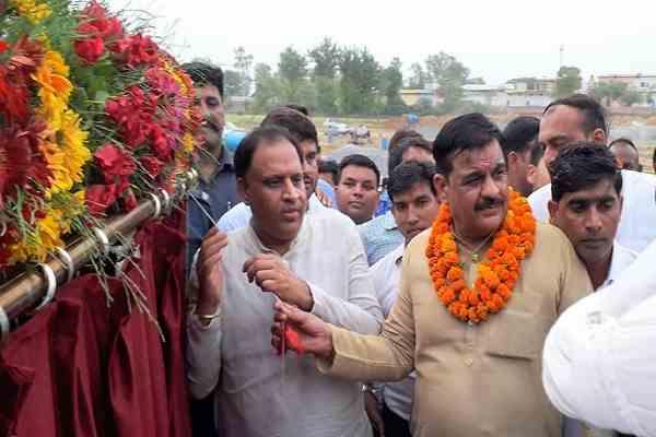 minister-vipul-goel-inaugurate-iti-in-mohna-village-prithla-area-news