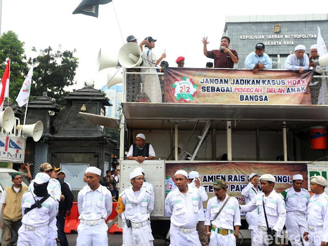 Massa Kawal Amien Dituding HTI, Timses Prabowo: Berhenti Memfitnah