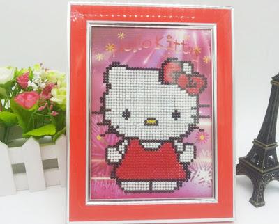 Trang tri phong ngu Hello Kitty dep 17