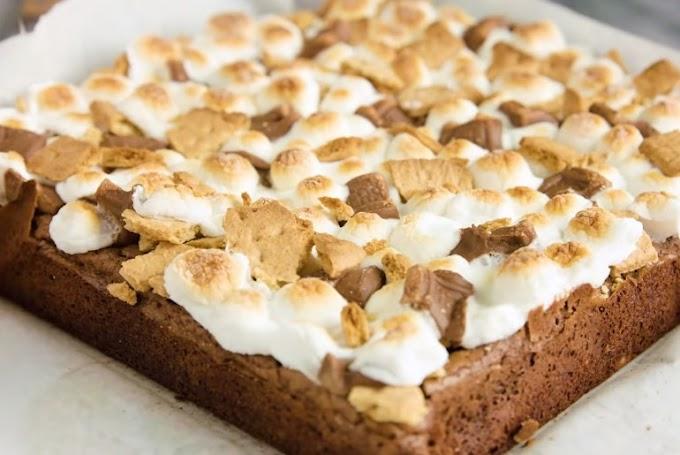 Easy S'Mores Brownies #desserts #brownies
