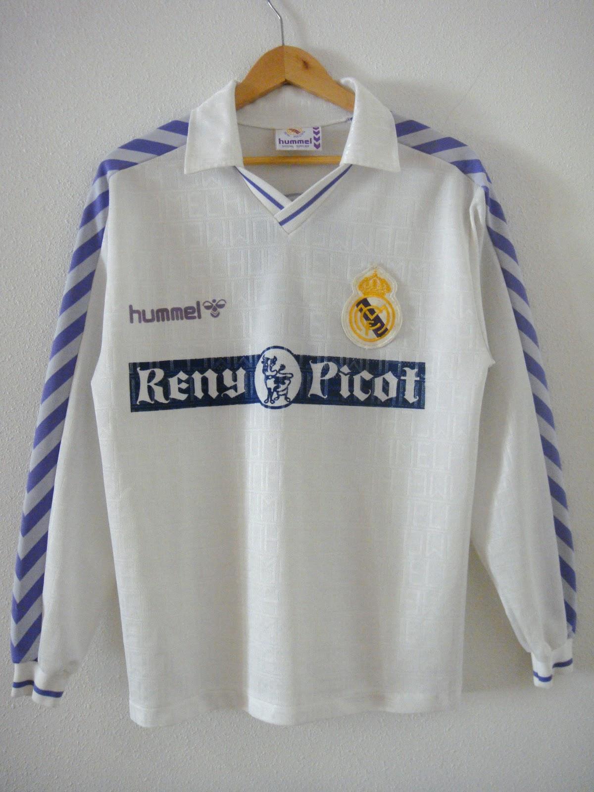 La temporada 1989-90 presenta como una de las principales novedades el  cambio de sponsor publicitario. Reny Picot pasa a ocupar el pecho de una  camiseta ... 25347cfb358dd