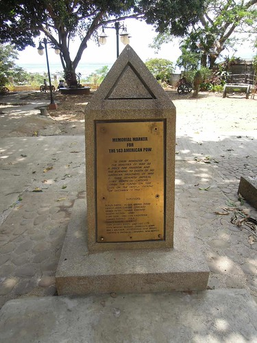 Puerto Princesa Travel Guide: a historical and memorial marker inside Plaza Cuartel