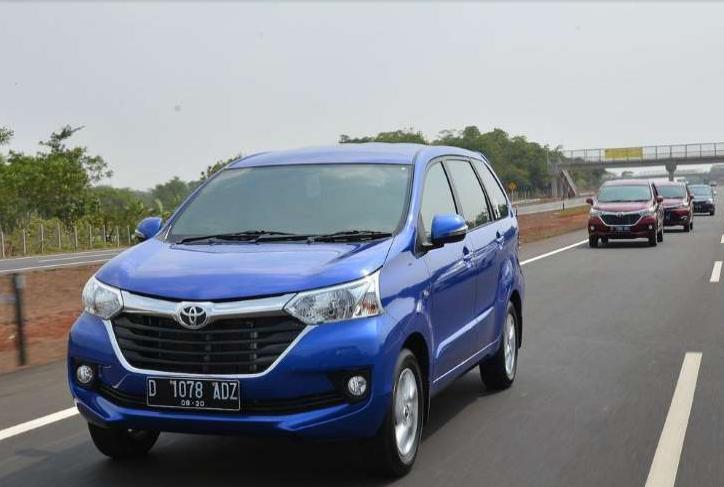 VS Mitsubishi Xpander Toyota Avanza Tetap Lebih Laris
