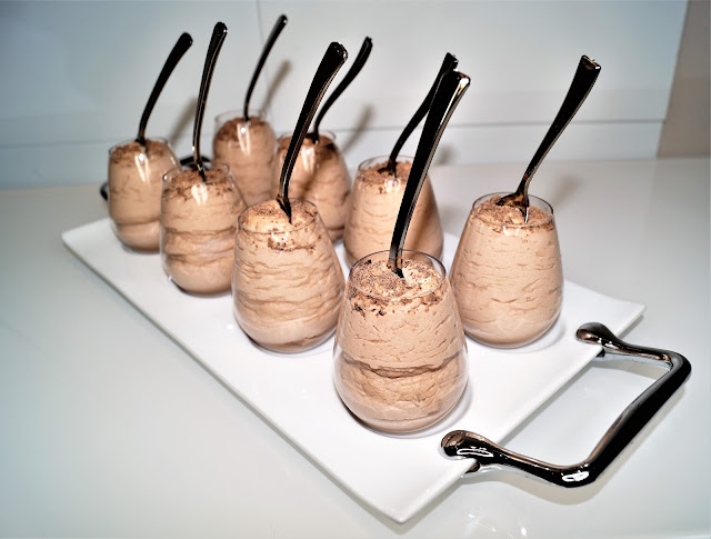 chocolate baileys mousse recipe, chocolate mousse, baileys mousse recipe