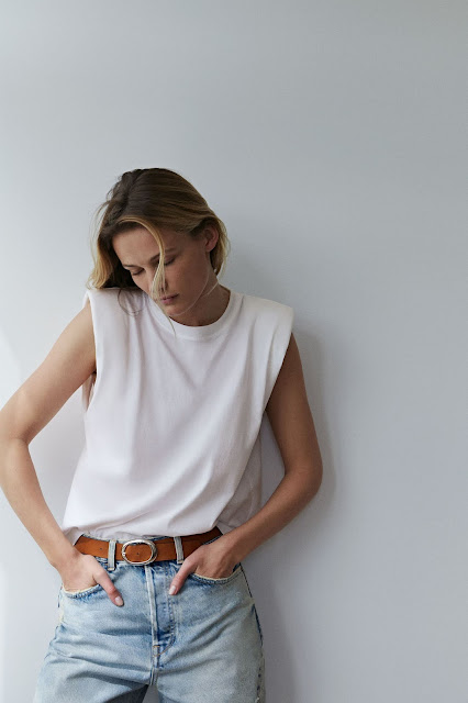 zara t-shirt with shoulder pads