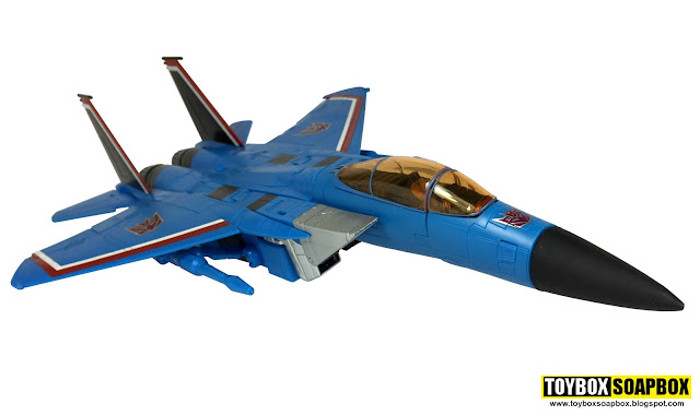 masterpiece thundercracker cockpit