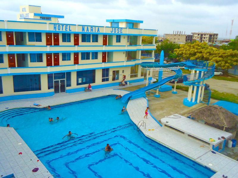 Hoteles en las pe as esmeraldas ecuador ecuador turistico for Hoteles y hostales en la alberca salamanca