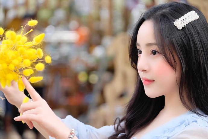 Gặp gỡ Võ Kim Ngân - nữ streamer gợi cảm nhất Việt Nam với số đo 3 vòng 91-67-95 vạn người mê