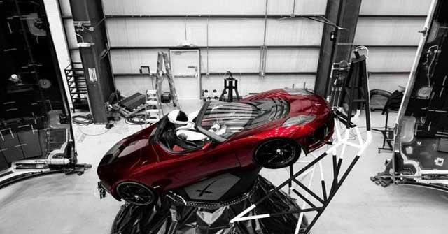 Elon Musk adalah salah satu orang terkaya di dunia yang memiliki banyak perusahaan Fakta Mengejutkan Konglomerat Teknologi Elon Musk, Kamu Pasti Belum Tau